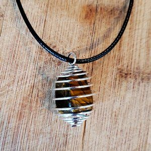"""Crystal Necklace, Tigers Eye pendant 18"""""""